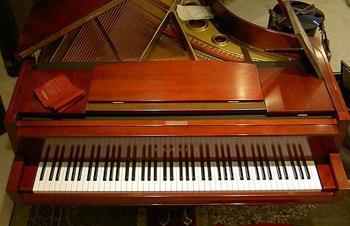 050520_1221_piano.jpg